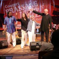 SQUEZZEBAND IN CONGO. CHICO FREEMAN, MICHEL ALIBO, NINO G., RETO WEBER